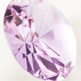 パープルダイヤモンドの色合いや稀少性、価値について知ろう!