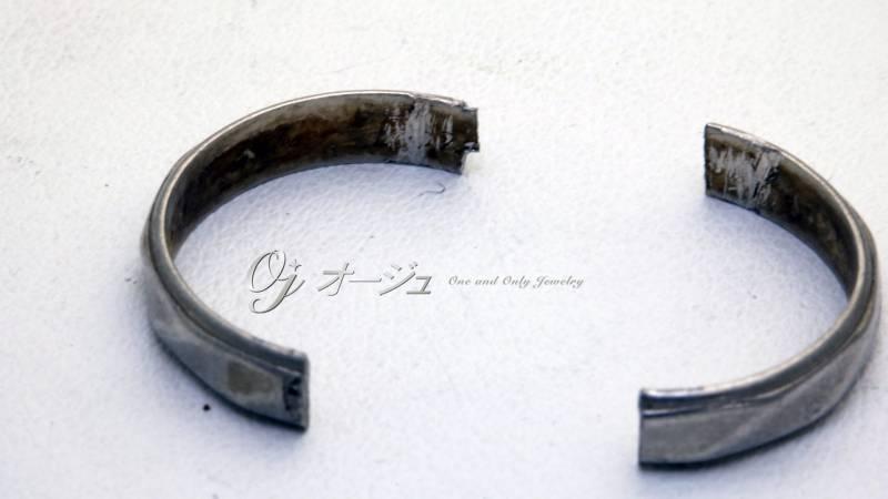 切断された結婚指輪